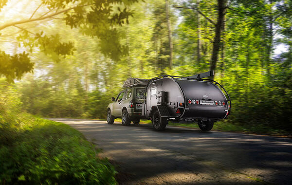 Dusan Holovej - product and advertising photography - PRO CAMP MINI CARAVAN BUSHCAMP IN MOTION