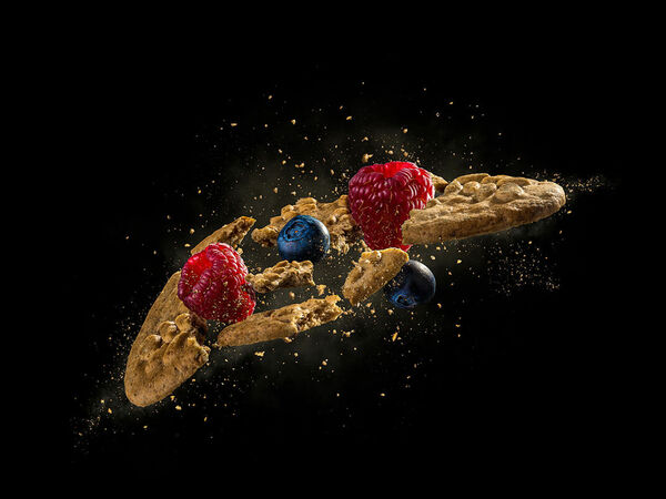 Dusan Holovej - product and advertising photography - BB DOBRE RANO BISCUIT EXPLOSION