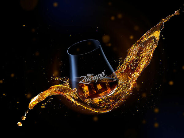 Dusan Holovej - product and advertising photography - RON ZACAPA 23SOLERA GLASS ICE